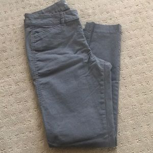 Old Navy Pixie chino mid rise, blank slate, size 0